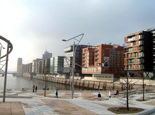 汉堡港口城市大学