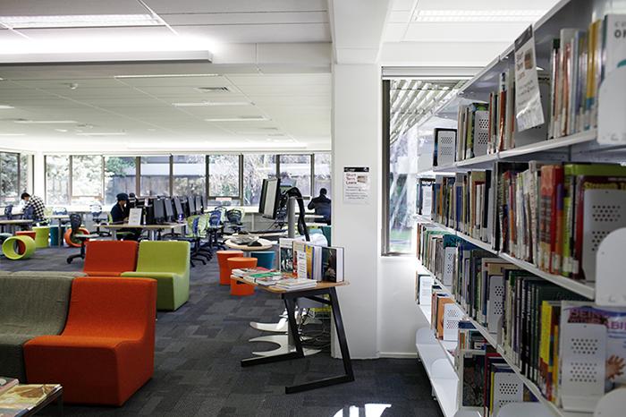 新西兰留学:高考成绩直入奥克兰理工大学本科的条件