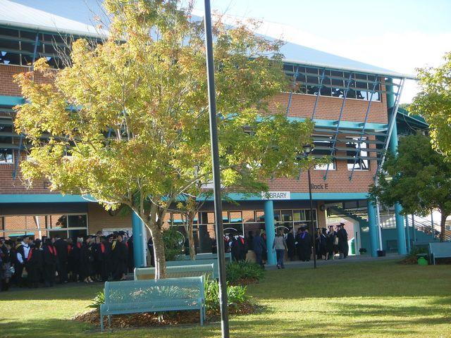 南澳州大幅降低移民门槛,为留学生提供PR直通车!