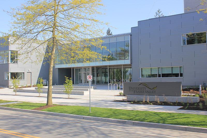 加拿大菲莎河谷大学院系设置