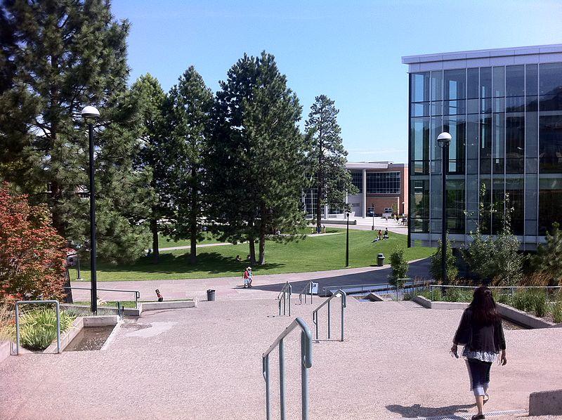 加拿大留学,哪些院校有硕士双录取?