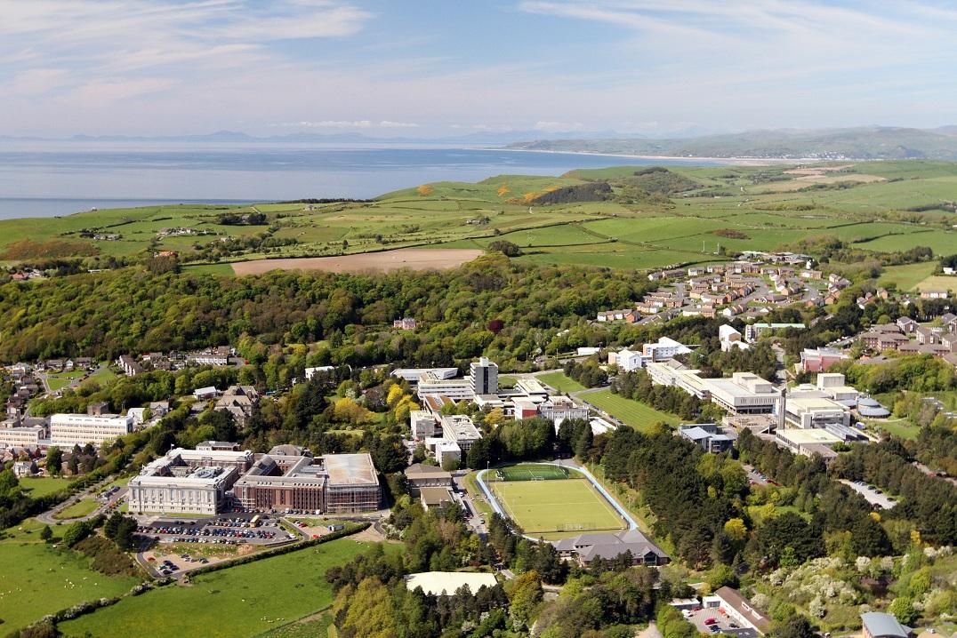 英国亚伯大学商学院申请值得吗,看完这几点,心里有个数了!