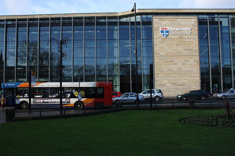 英国留学 纽卡斯尔大学商学院申请要求须知!
