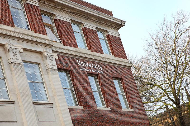 申请攻略|哈德斯菲尔德大学会计与金融专业