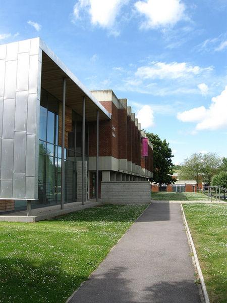 带你一同走进英国萨塞克斯大学商学院!