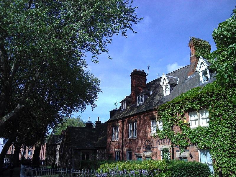 德蒙福特大学的学术实力在于五大学院和两大研究所