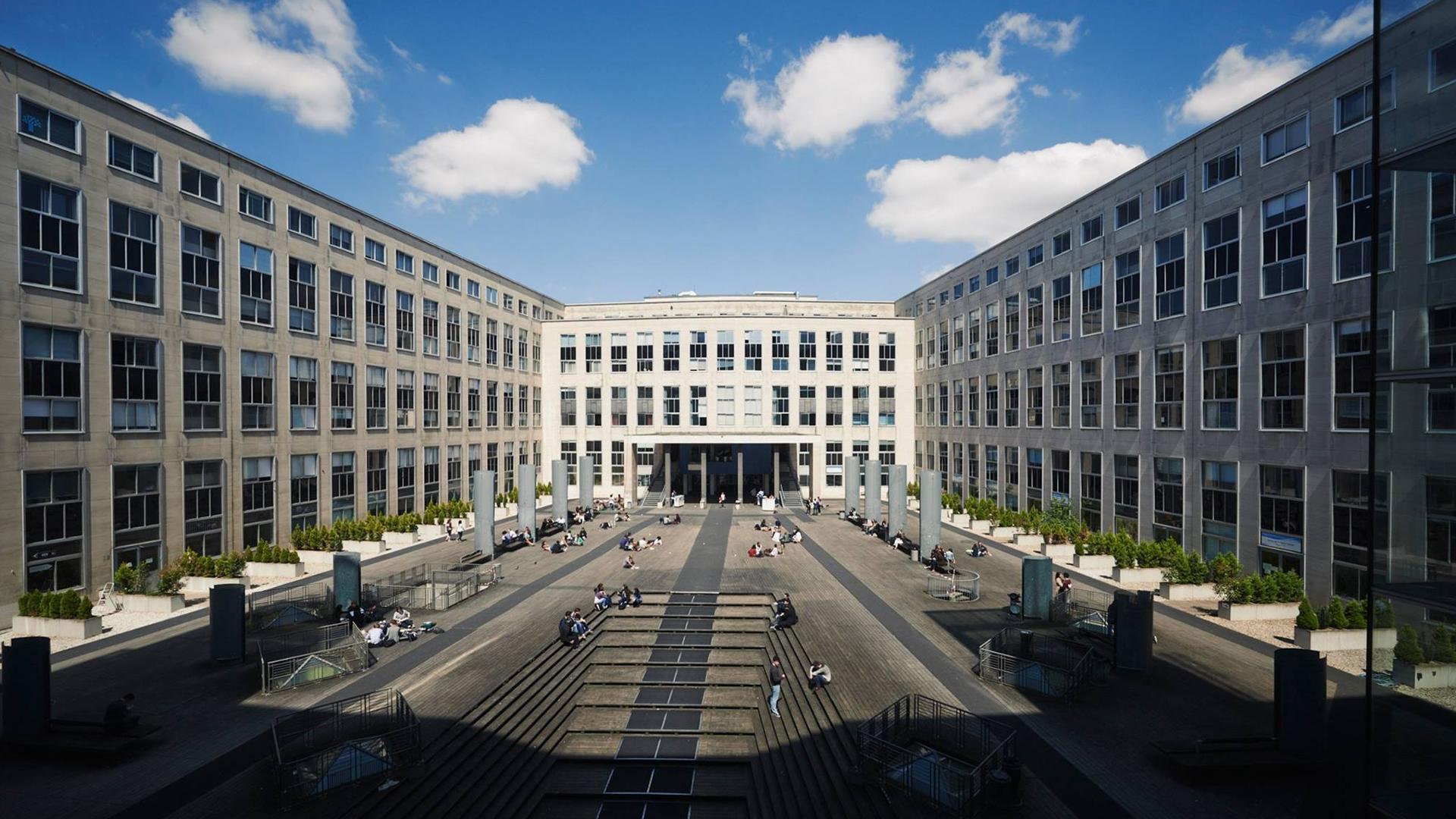 巴黎第九大学已成为法国经济管理类最好的大学之一