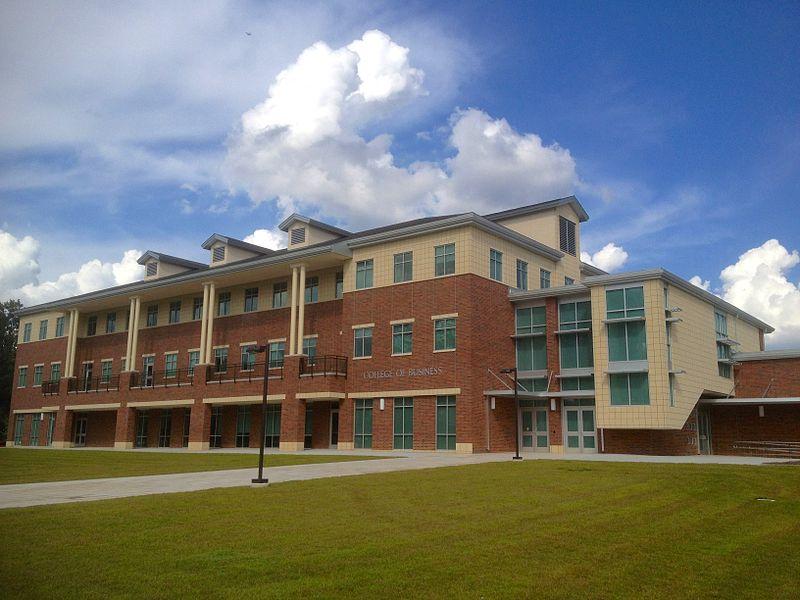 这10所美国大学国际生录取率最高!你想去哪所?