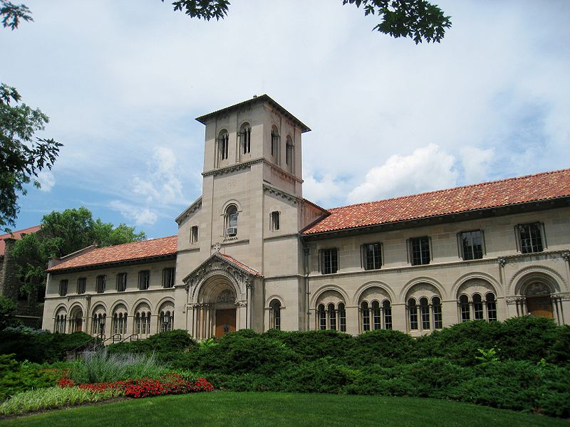 该如何申请美国大学法学院的录取资格?申请难度大吗?