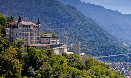 格里昂酒店管理学院在酒店与休闲管理专业排名全球第四