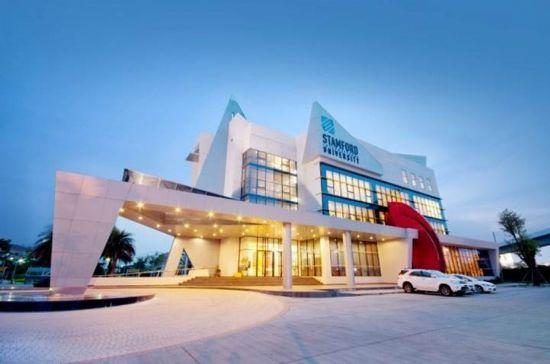 努力总有回报!Y同学专升本踏上泰国斯坦佛国际酒店管理留学之路