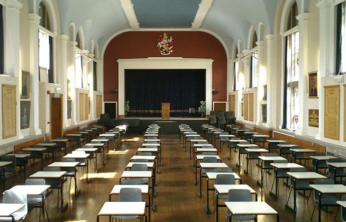 留学英国皇家罗素中学需要的理由,这些够不够?