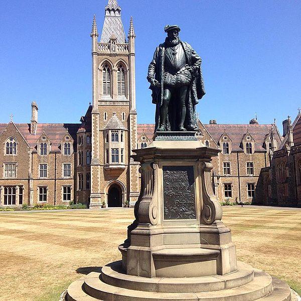 英国九大公学,牛津和剑桥不是梦