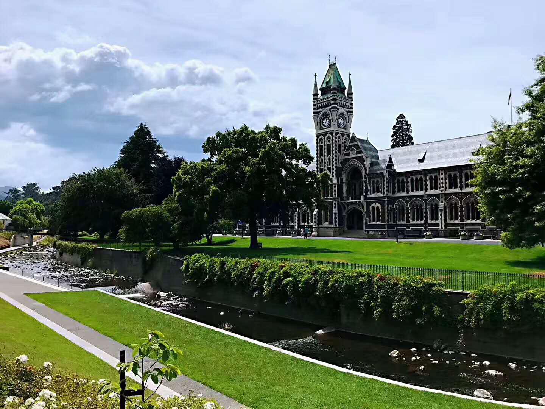 新西兰留学:孤单想家你该如何克服这种乡愁呢?