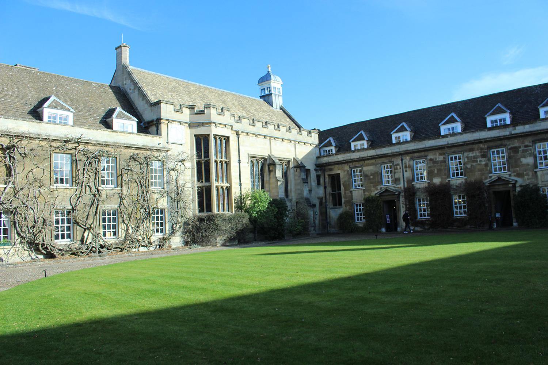申请英国大学留学难吗