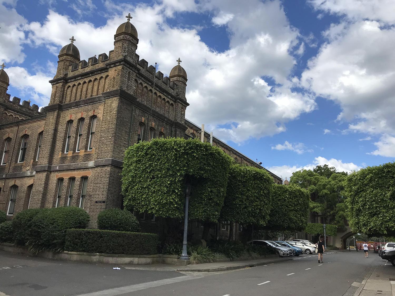 高考后留学澳洲,高考成绩直录悉尼大学!