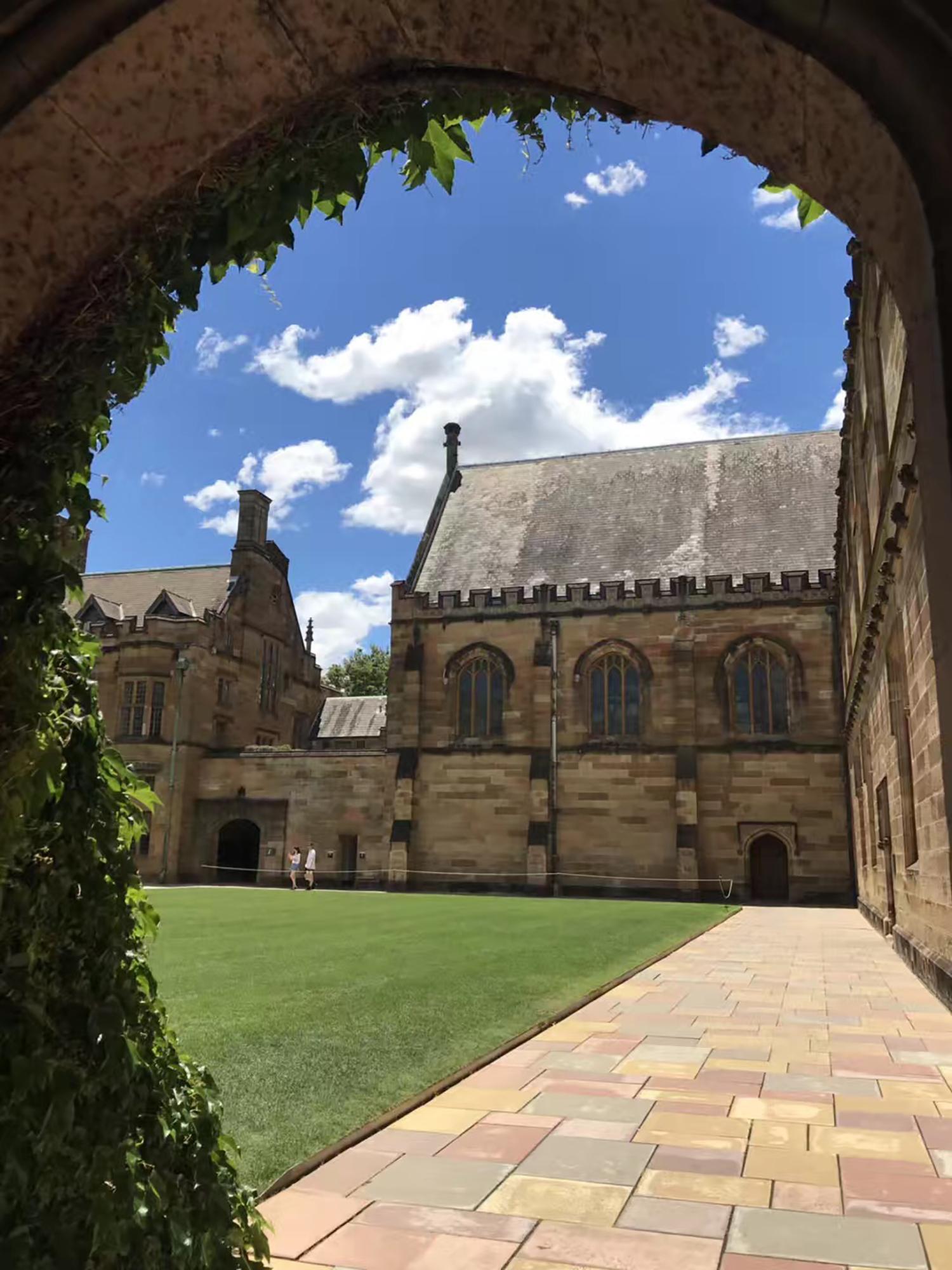 时间紧凑,努力幸运儿圆梦澳洲悉尼大学经济学