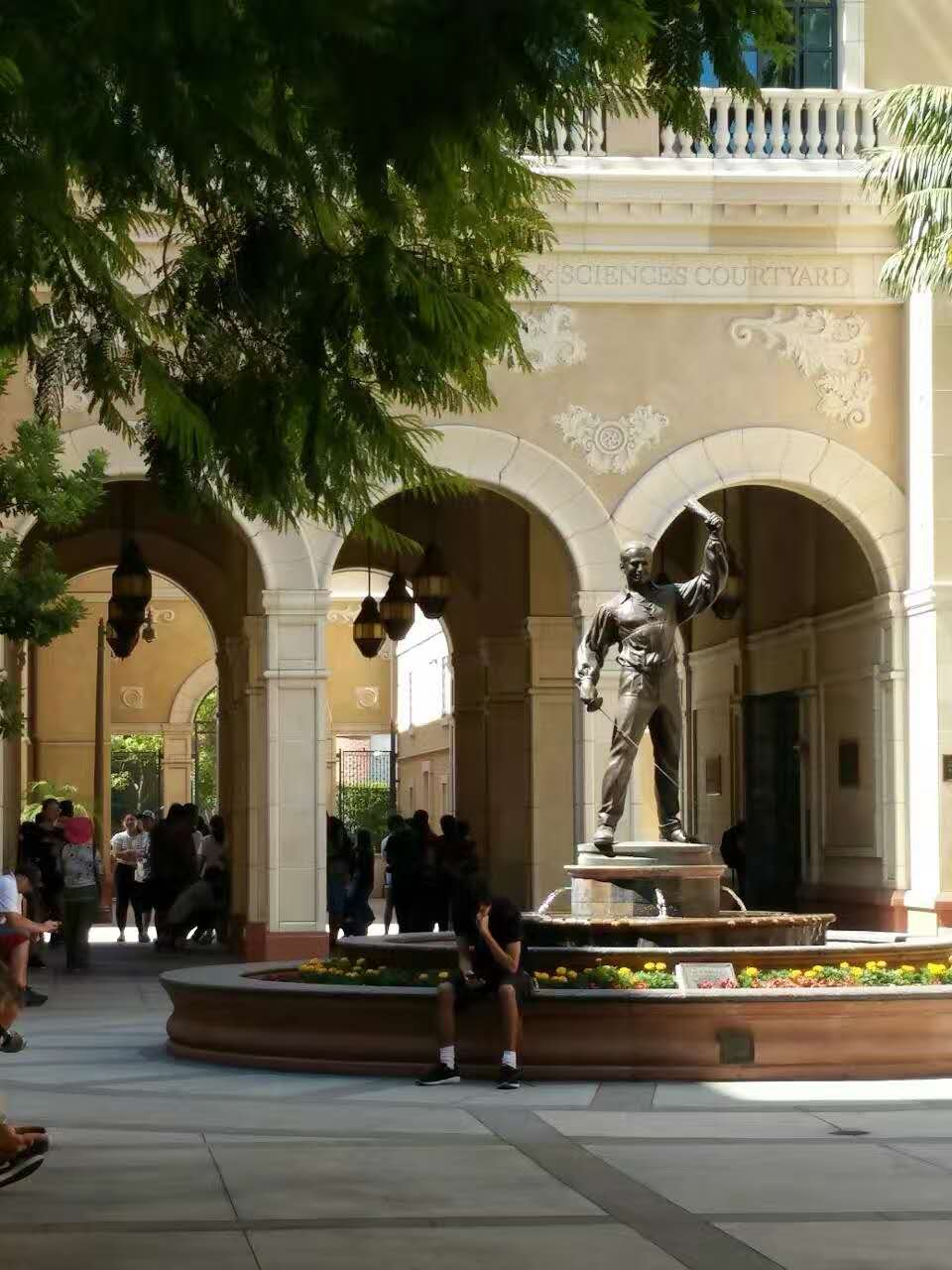 美高背景低分逆袭,南加州大学offer惊喜到来!