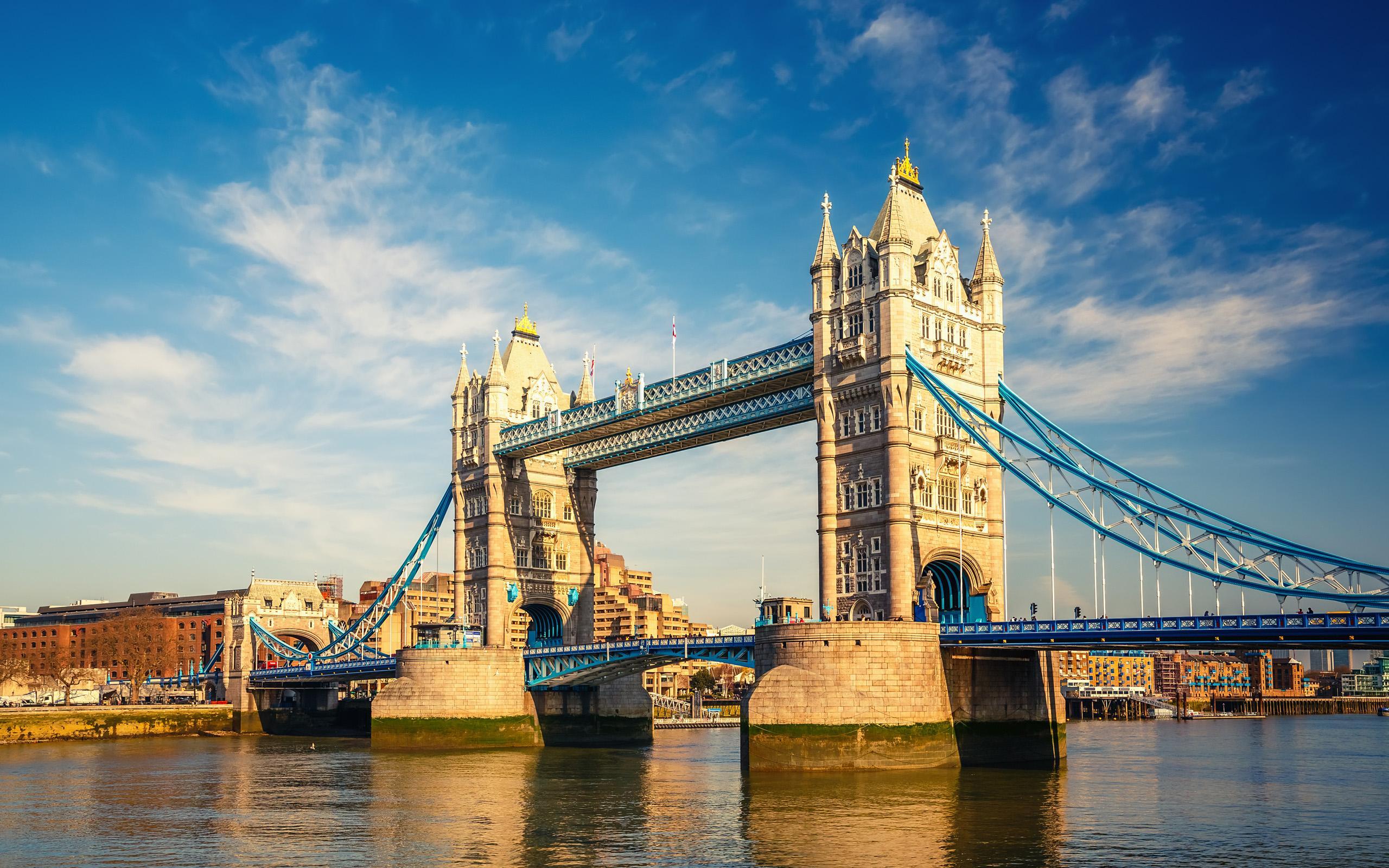 英国留学:英国硕士留学offer中一定会提的三大要求